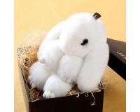 Брелок Заяц из меха с ресницами цвет: Белый, 17-19 см