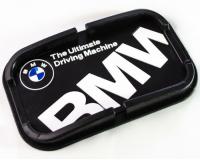 Автомобильный антискользящий коврик с бортиками BMW